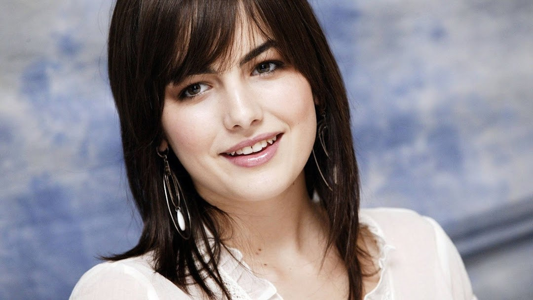 Camilla Belle HD Wallpaper 5