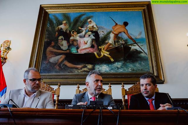 El presidente de Canarias visita el Cabildo de La Palma y el Ayuntamiento de Santa Cruz de La Palma