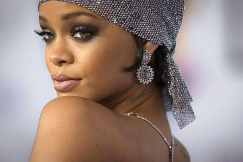 Leaking Of Nude Photos : Rihanna, Kim Kardashian and Amber Heard