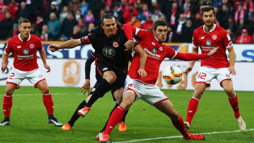 Frankfurt có chiến thắng như dự đoán?