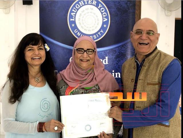 """""""منال العطار """" أول معلمة مصرية معتمدة في يوجا الضحك.. أسرتي الداعم الأول ليا"""