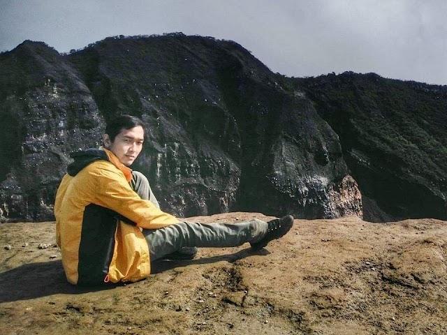 Ciremai, Pendakian di tengah Hutan dan Hujan
