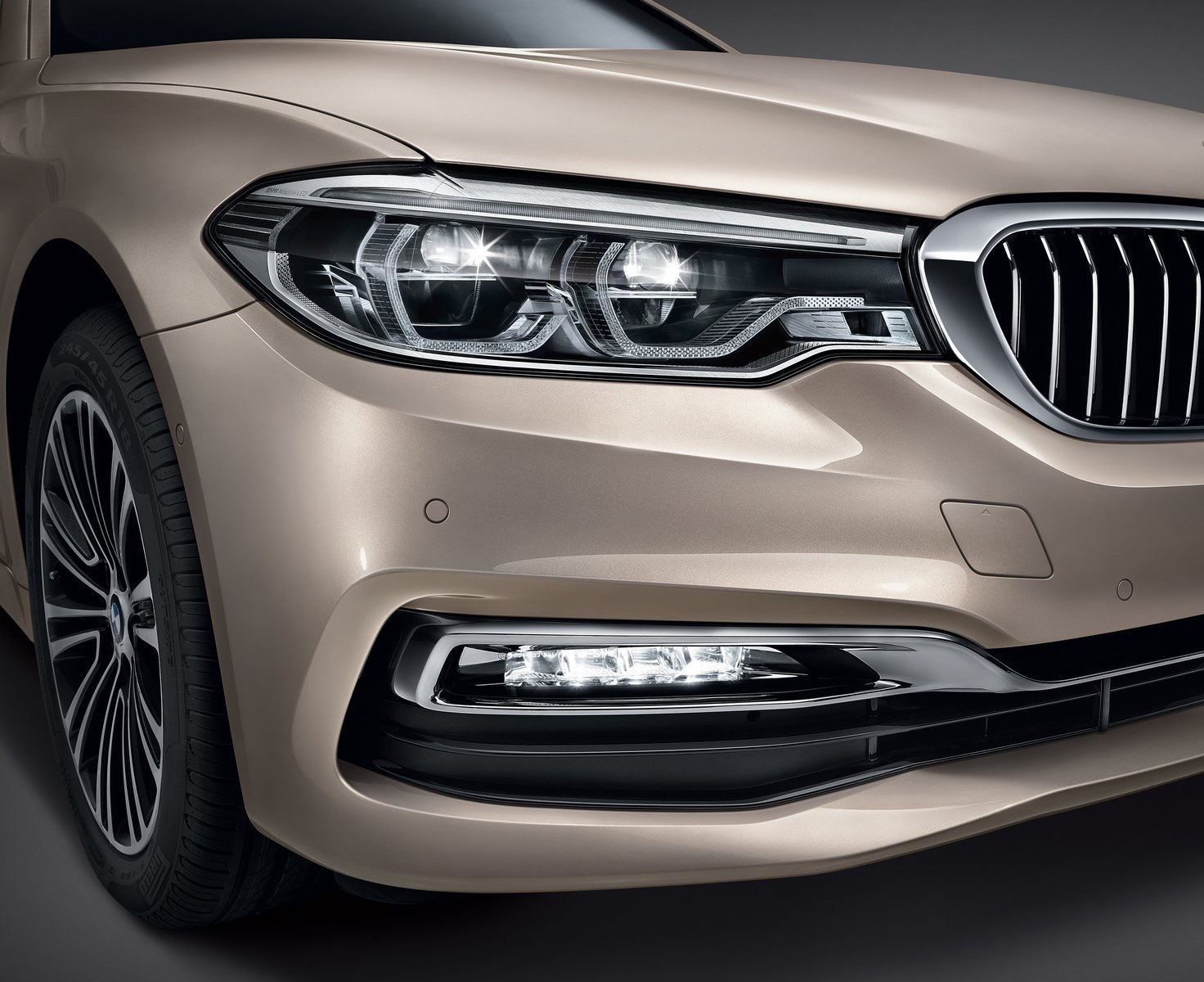 2016 - [BMW] Série 5 Berline & Touring [G30/G31] - Page 28 BMW-5-Series-LWB-2