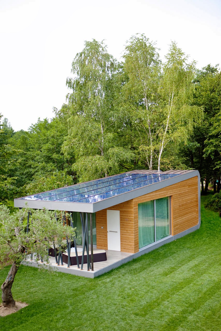 Eco friendly home green zero house modern home design for Sustainable homes design