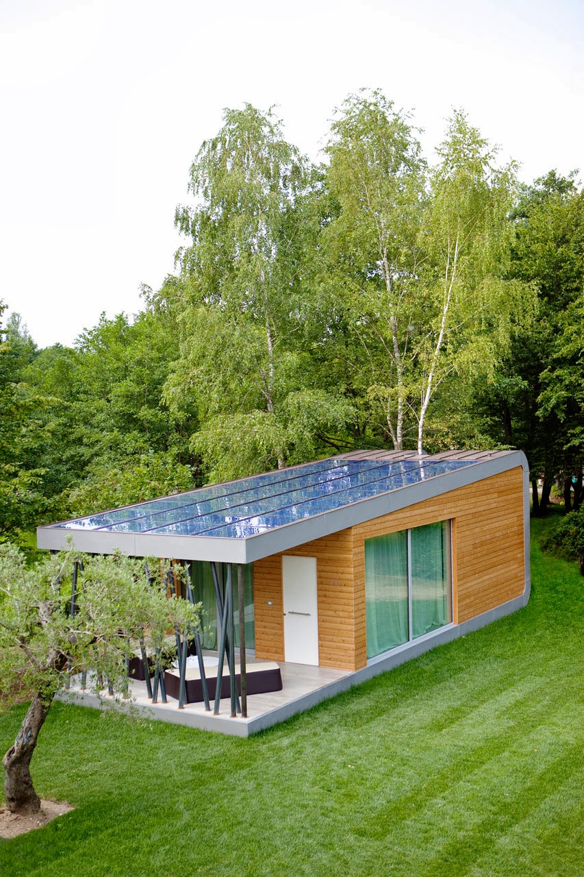 Eco friendly home green zero house modern home design for Small sustainable house plans