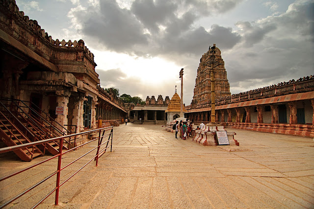 The second courtyard of the  Virupaksha temple - Pick, Pack, Go