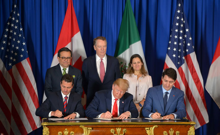 En el marco de la cumbre G-20, los presidentes Donald Trump, Enrique Peña Nieto y Justin Trudeau rubricaron este viernes el Tratado México-EE.UU.-Canadá (T-MEC). (Foto: Presidencia de la República)