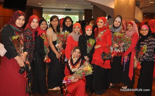 Green Leaders Group team Adibah Karimah premium beautiful top agents dengan Hanis Haizi