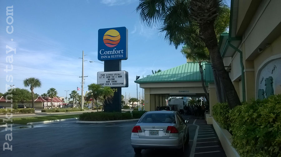 Parkingstay Com Comfort Inn Amp Suites Cocoa Beach
