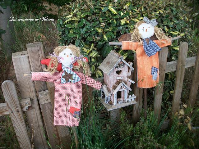 Las creaciones de VictorIa.Country.Angeles para jardín.Muñecos
