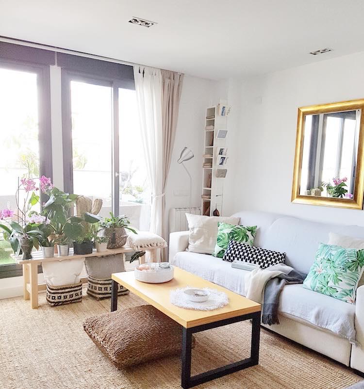 decoración salón con plantas