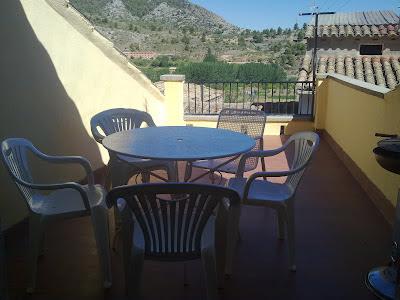terraza vistas a la montaña