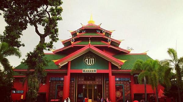 tempat wisata di Surabaya Masjid Cheng Ho