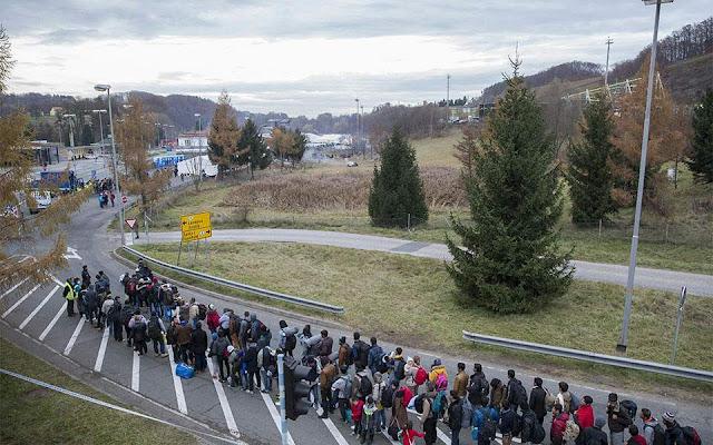 Να απαγορευτεί άμεσα η βραδινή έξοδος στους αιτούντες άσυλο ζητά η ακροδεξιά συγκυβέρνηση της Αυστρίας