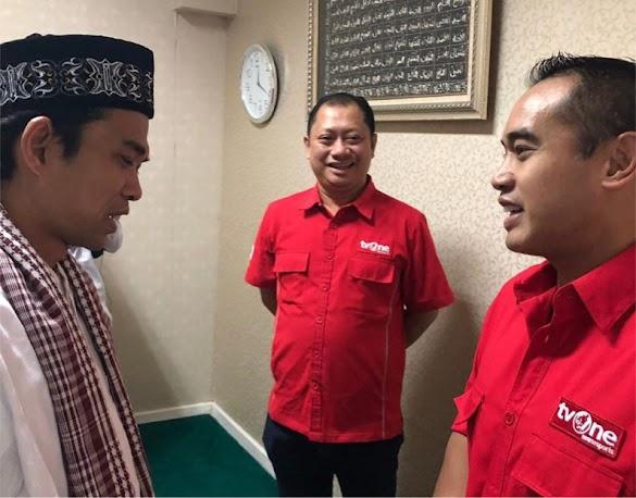Bos TV One Tak Henti Ucapkan Syukur Saat UAS Berkunjung ke Studio tvOne