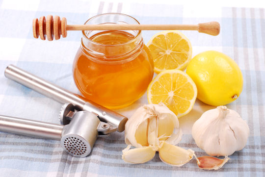 Effective Natural Home Remedies To Stop That Cough!