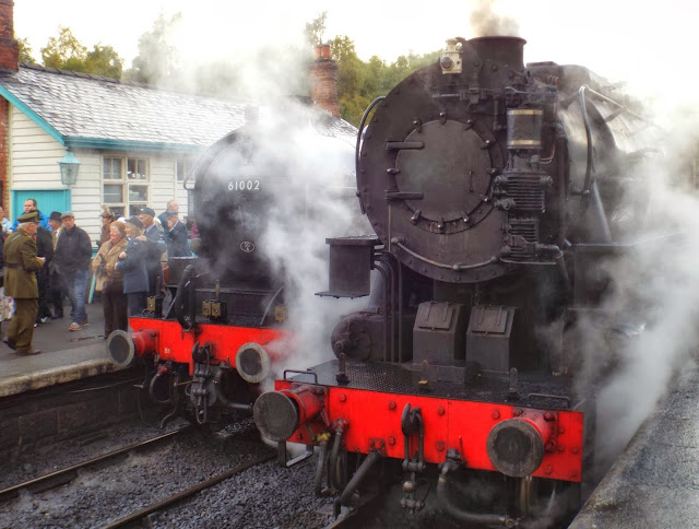 Steam-engines-at-Railway-in-Wartime-event-Grosmont