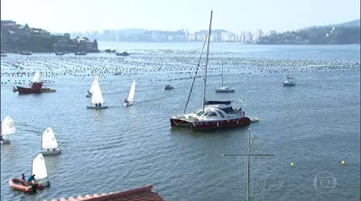 http://g1.globo.com/rio-de-janeiro/bom-dia-rio/videos/t/edicoes/v/barco-laboratorio-que-da-volta-ao-mundo-chega-em-niteroi/5269638/