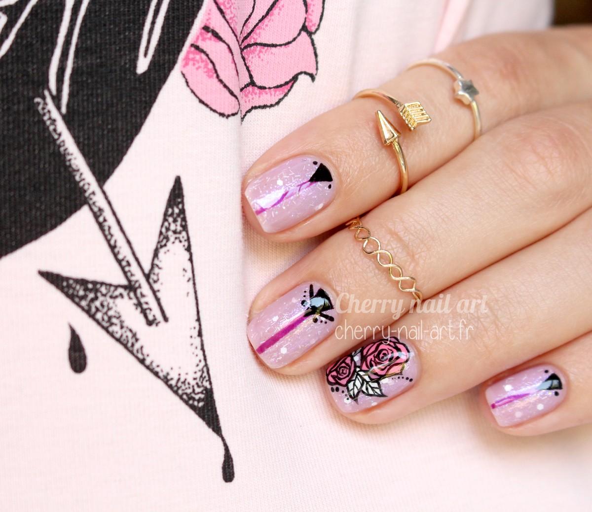 nail-art-rose-géométrique-mani-swap-lily-nail-art