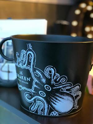 Kraken Rum, 4 Gin and Drinks, Horseboxbar, Event-Bar, mobile Bar, Bayern, Garmisch-Partenkirchen, Gin-Bar, Oberammergau, König-Ludwig-Lauf by Uschi Glas 4 weddings and events