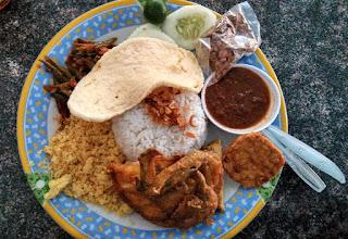 Nasi Uduk Khas RM Ayam Goreng Remaja