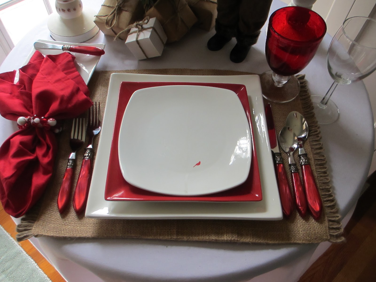 Table For One Santa And Cardinals Table