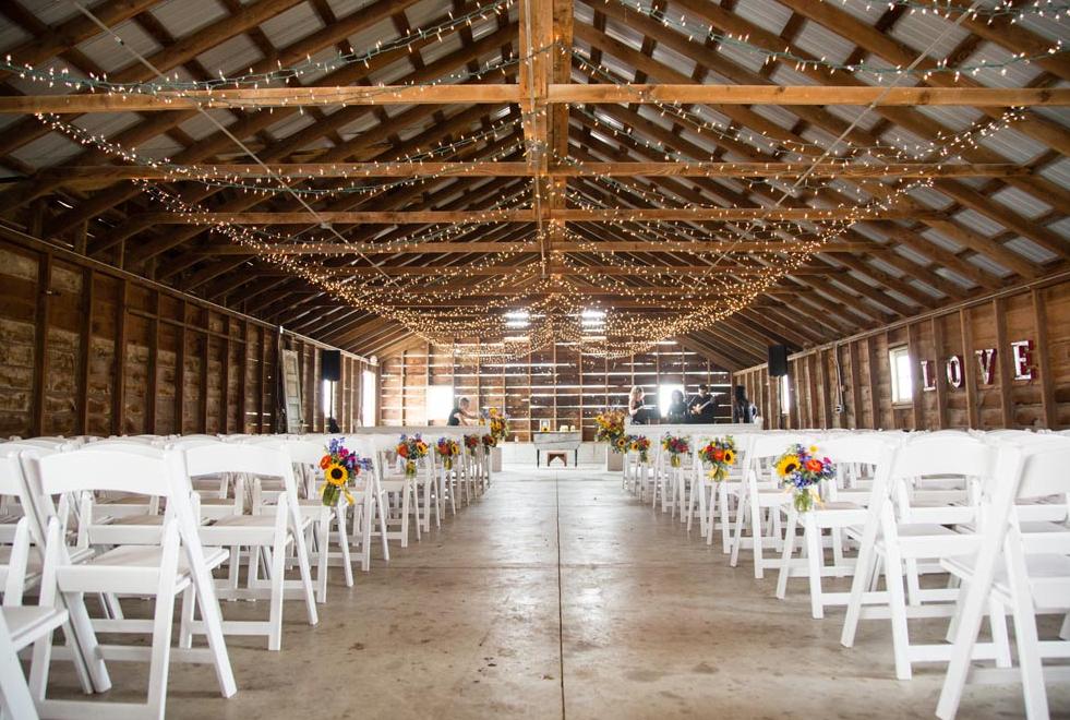 Heritage Prairie Farms Wedding Venues