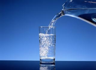 Manfaat Minum Air Putih Bagi Kesehatan Tubuh