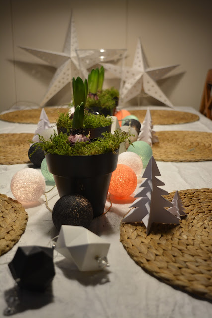pöydän koristelu