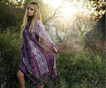 f02d475ca0211 Hippi giyim şeysinin moda olup olmaması benim için fark etmiyor. Etnik  kıyafetler ve o tarz takılar her zaman hoşuma gittiğinden, daima sevdim bu  tarz ...