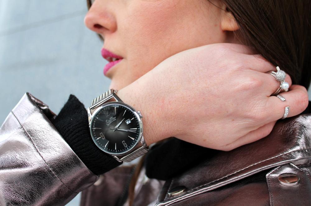 orologio argento quadrante nero sixties