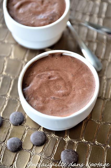 Mousse au chocolat sans oeufs (végan) jus de pois chiche