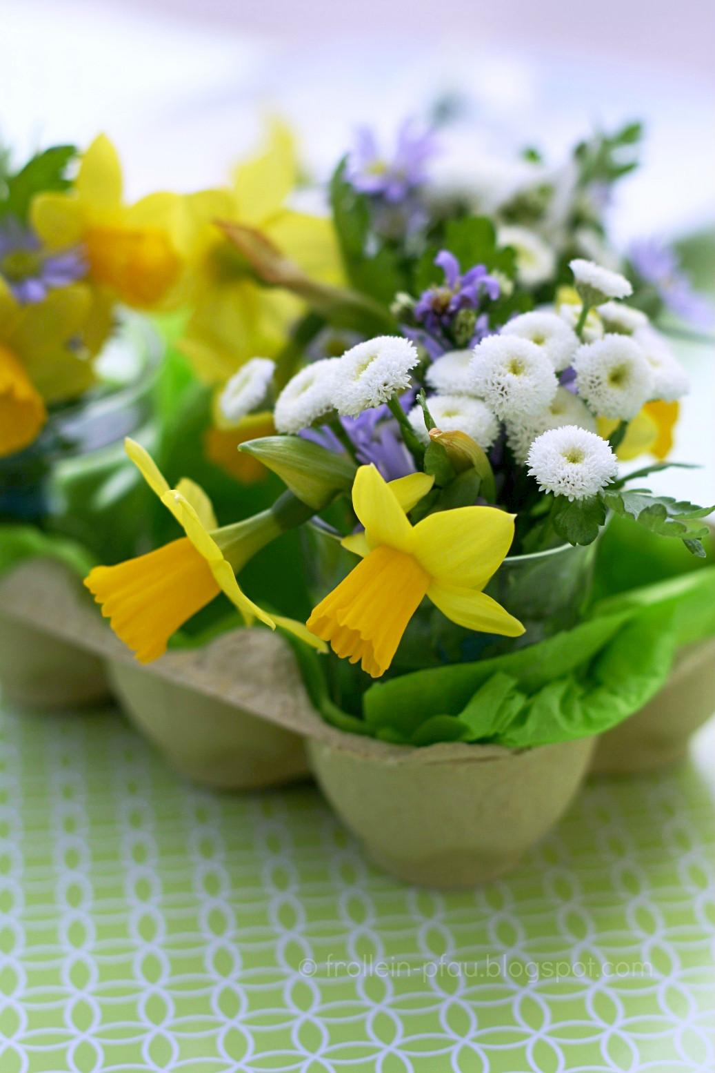 Oster DIY, Osterdeko basteln mit Kindern, kleines Ostergeschenk, Ostern, basteln, Kindergärtnerinnengeschenk, basteln mit Eierkarton, Ostergesteck