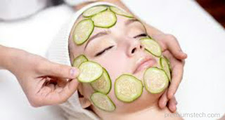 Cucumber to treat pimples