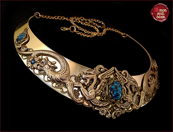 collier dragon bronze haliotis bleu ormeau coquillage peau shell blue abalone mythical necklace dragons khaleesi daenerys targaryen jewelry pendragon torc eragon medieval fantasy renaissance