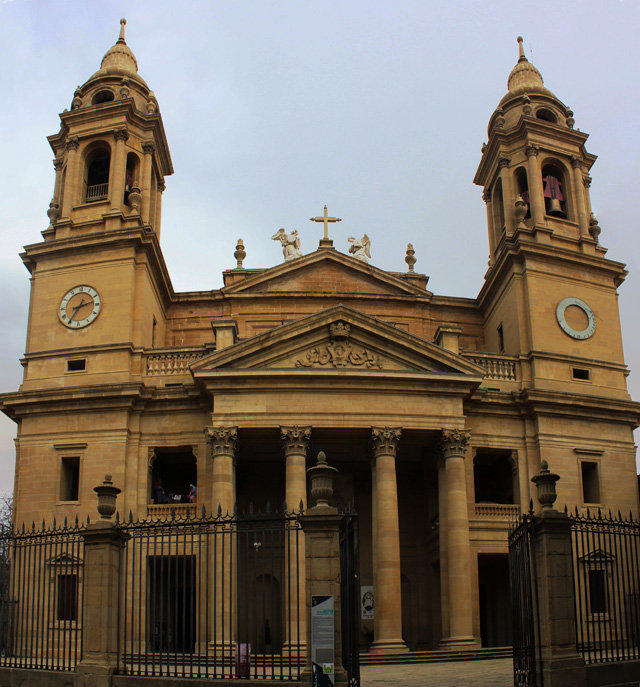 La mayoría de las procesiones de Pamplona empiezan o acaban junto a la catedral