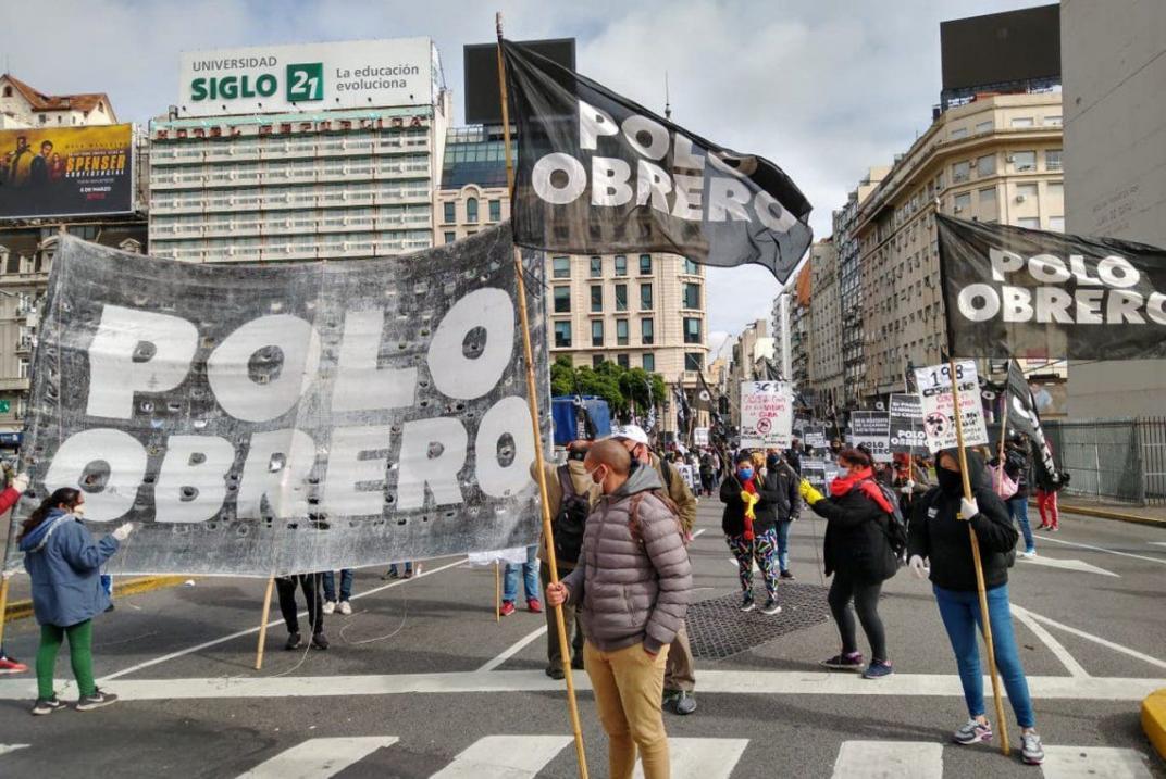 Protesta de piqueteros con distancia social en reclamo de alimentos
