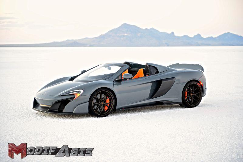 Gambar Mobil Sport Mewah McLaren 675LT Spider