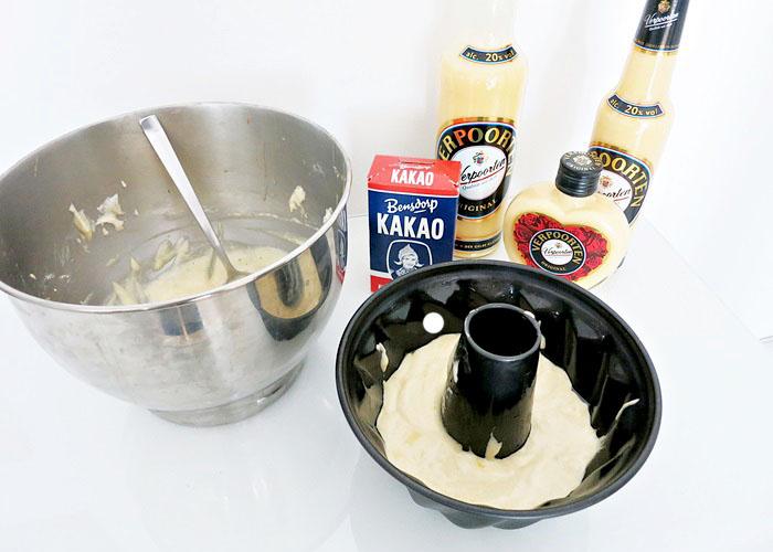 Eierlikör-Schokoladen Gugelhupf