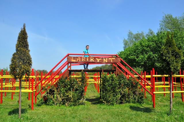 Labirynt Minotaura w parku w Rumi