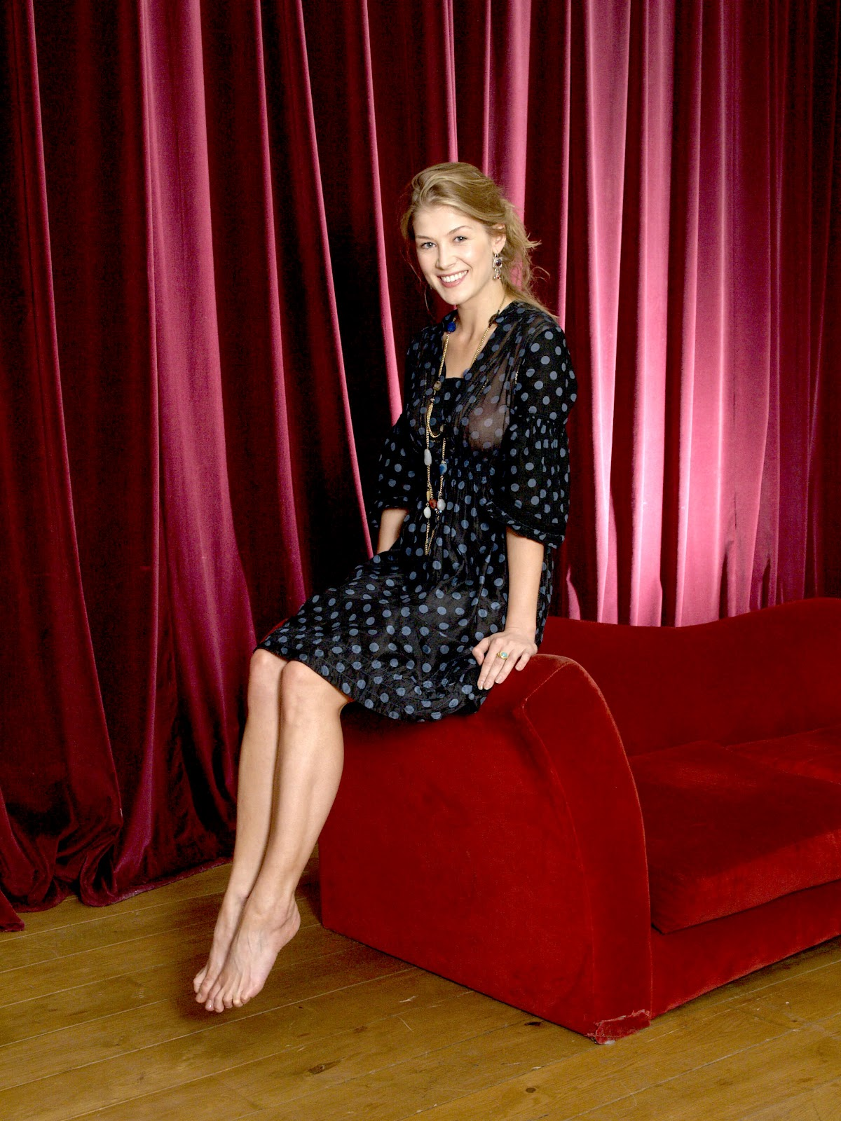 Rosamund Pike pictures gallery (5) | Film Actresses Abbie Cornish Facebook