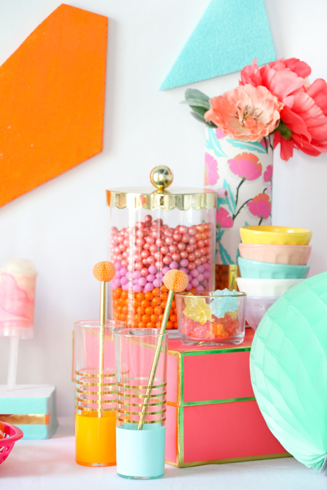 A kailo chic life decorate it a colorful dessert table - Decoratie opgeschort wc ...