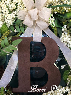 how-to-attach-a-hanging-monogram-to-a-wreath