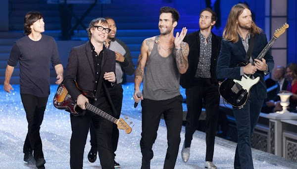 Maroon 5 é o mais novo nome musical a cancelar os shows que faria na Carolina do Norte
