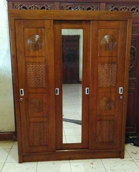 model lemari pakaian minimalis kayu jati