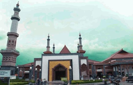 gambar wisata cirebon islamic center