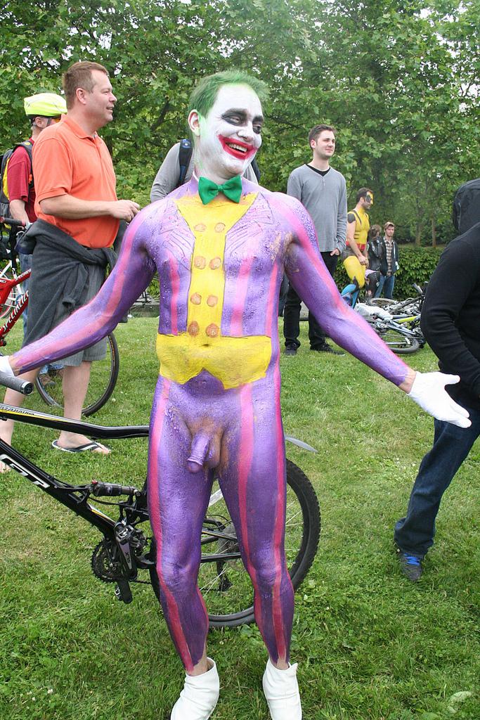 Naked Joker 37