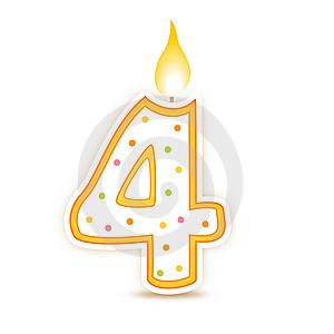 نلتقي لنرتقي معاً  ( مرور 4 أعوام على تأسيس منتدانا ) birthday-candle-4.jp