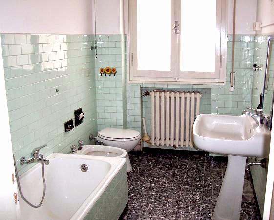 Come sistemare un bagno piccolo for Vasche preformate per laghetto