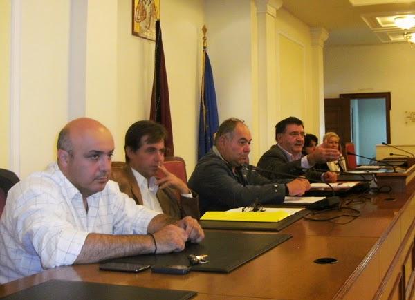 Η σύσκεψη για τα αδέσποτα ζώα στο Δημαρχείο Καστοριάς (αναλυτικό ρεπορτάζ)